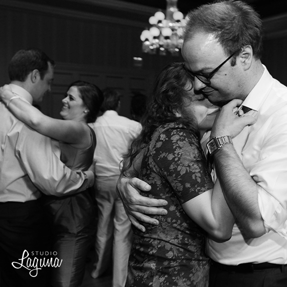 Studio Laguna Photography weddings
